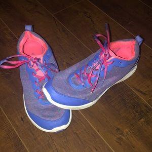 Vionic Agile FYN Sneaker Orthopedic